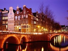 Economical car hire in Amsterdam