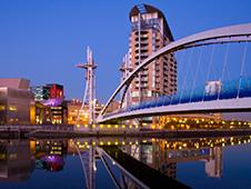 Ekonomická Půjčovna aut v Manchesteru